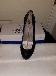 Life Stride velocity flat shoes NWOT